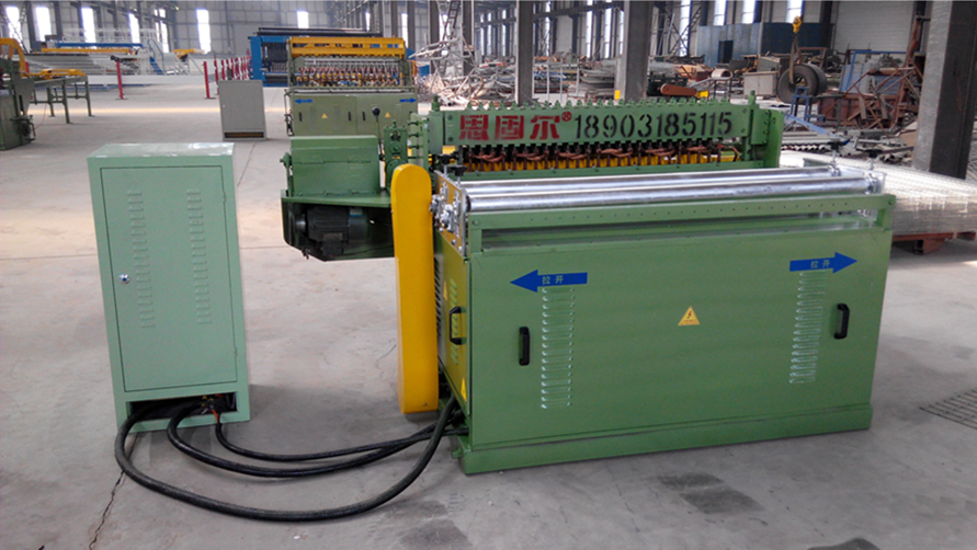 Automatic building mesh welding machine
